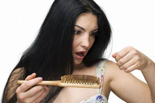 びまん性脱毛症 薄毛 脱毛症 原因 解決