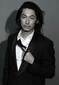 DEAN FUJIOKA(ディーン藤岡)