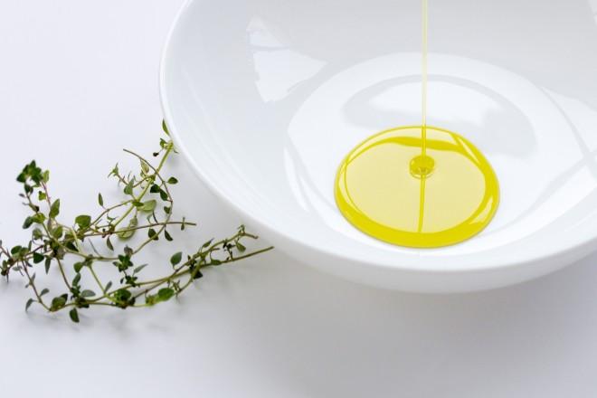 美容オイル 使い方 効果 選び方 方法 乾燥 ケア