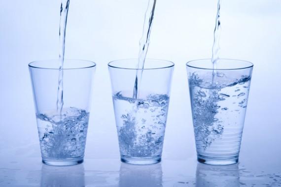 水素水 アンチエイジング 効果 効能-e1447137905317