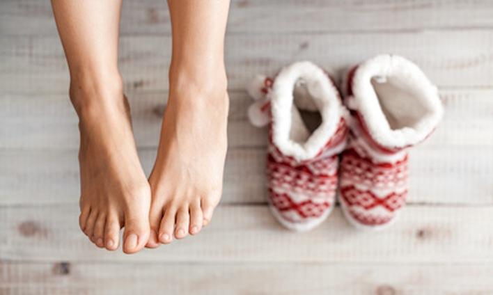 生理前 生理一週間前 むくみ ニキビ 改善方法